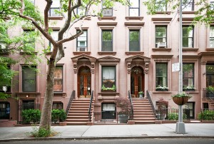 Brownstones 6